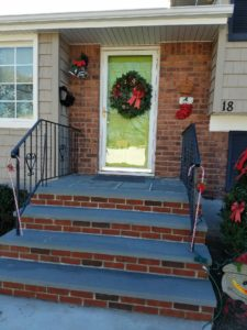 stoop-farmingdale-christmas